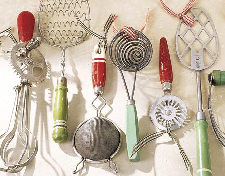 Detail-vintage-kitchen-utensils-GTL1205-de
