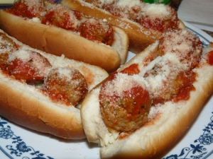 Quick and Easy Meatball Sammies 006