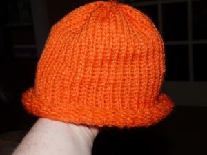 orange hat 001